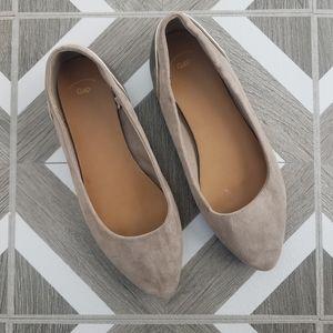 NWOT Gap Gray Metallic Pointed Toe Flats Size 6